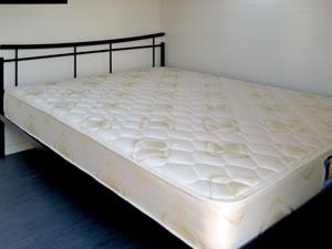Caravan-double-bed